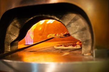 come cuocere la pizza nel forno
